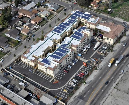 Casa-dominguez-leed-platinum-solar