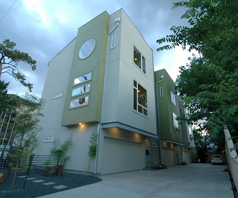 Green Moderne Townhomes In Houston