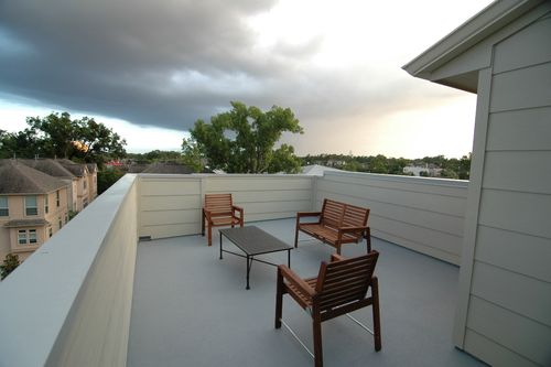Maxie-moderne-townhomes-roof-deck