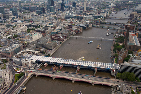 Solar photovoltaic (PV) panels on new Blackfriars bridge